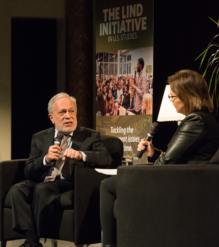 Robert Reich with Dawna Friesen at the Lind Initiative in US Studies