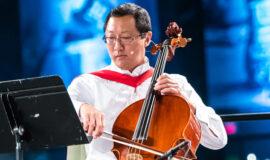 Santa J Ono: wellness and music